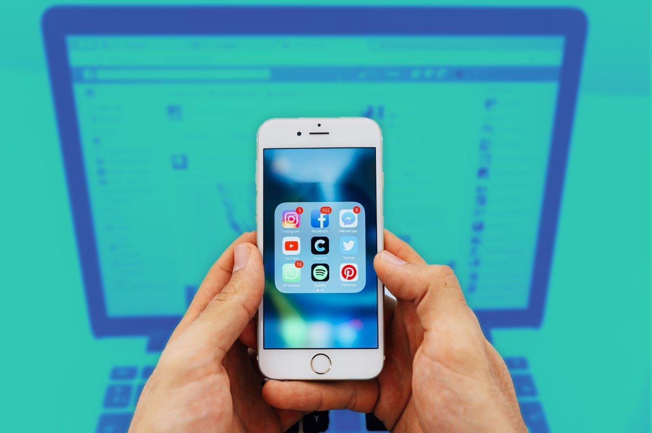 imagen de celular con aplicaciones